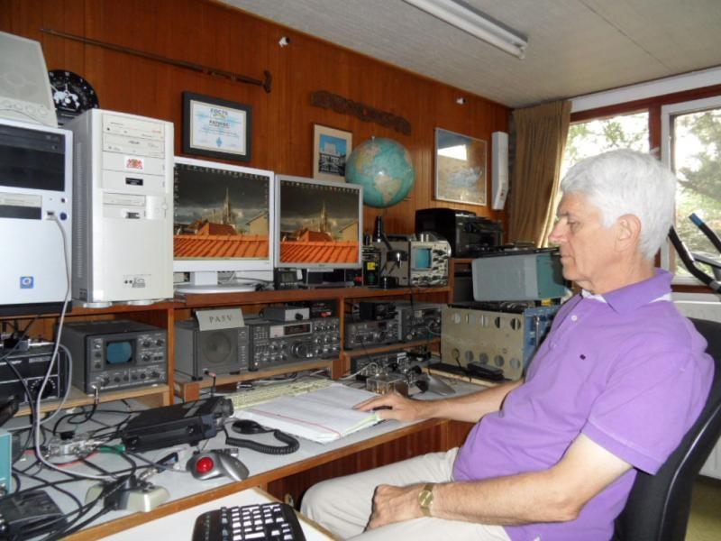 PA80FOC Bob Ackx, Boskoop, Netherlands. Radio Room Shack.