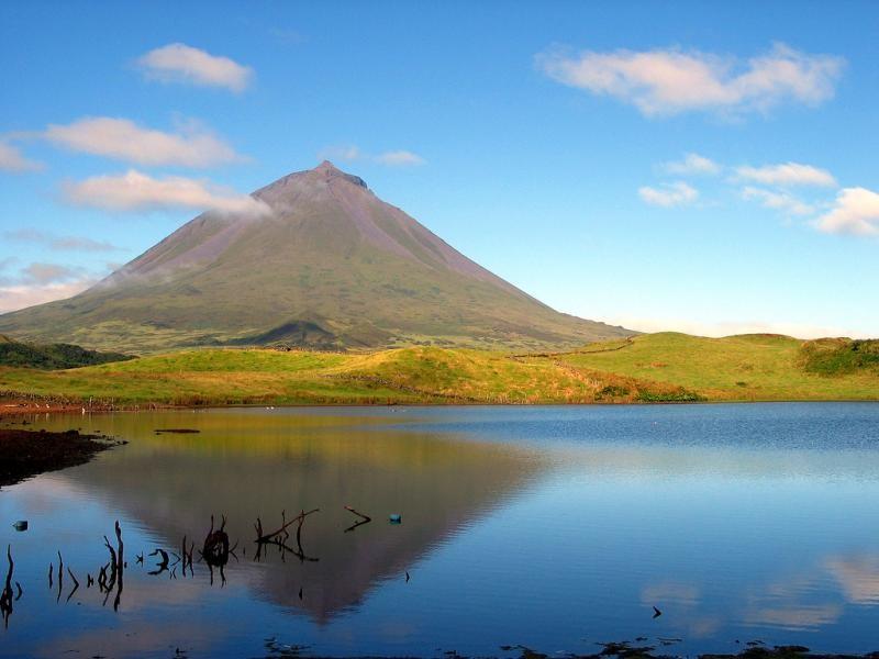 CT8/DJ9VA CT8/DF6PB Pico Island, Azores.