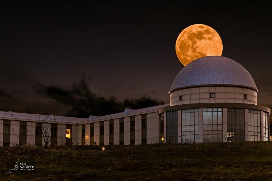 Moon over Nasir al-Din al-Tusi Shamakhi Astrophysical Observatory, Shamakhi, Azerbaijan.
