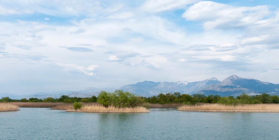 ZA5V ZA5A Lake Shkodra, Albania