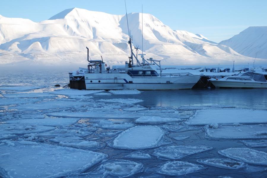 JW/ES5HTA Longyearbyen, Spitsbergen