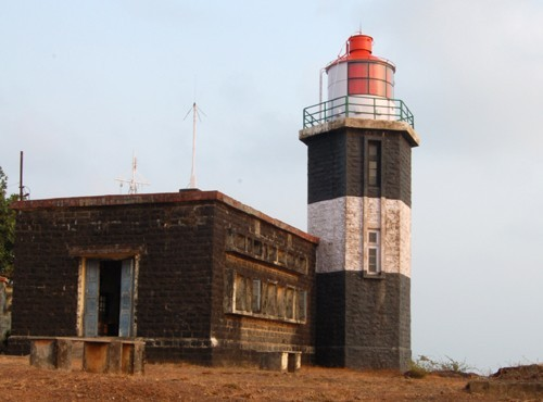 AT3LH Vengurla Point Lighthouse, Maharashtra, India