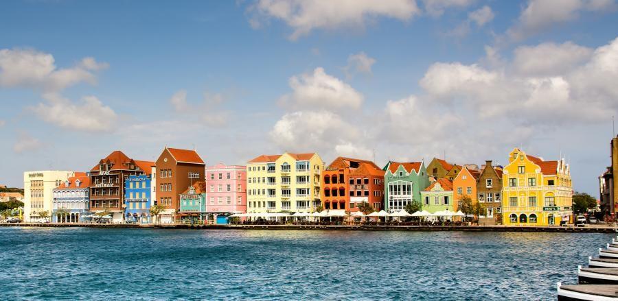 PJ2/VE4VT Curacao Island