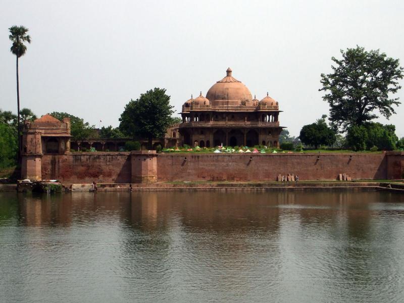 AT8M Maner Sharif, India