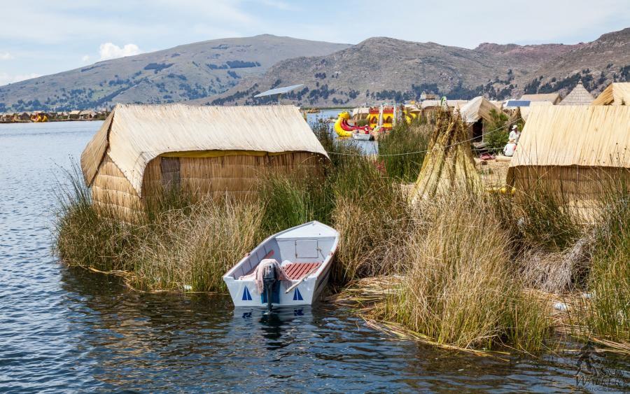 OA7/DK7PE/P OA7/DK7PE Uros Island, Lake Titicaca, Peru