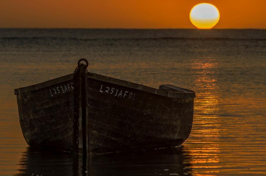 3B8/OK1BIL Sunset, Lagoon Albion, Mauritius Island.