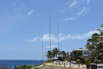 VK9XG Sunset Hotel Christmas Island Antennas