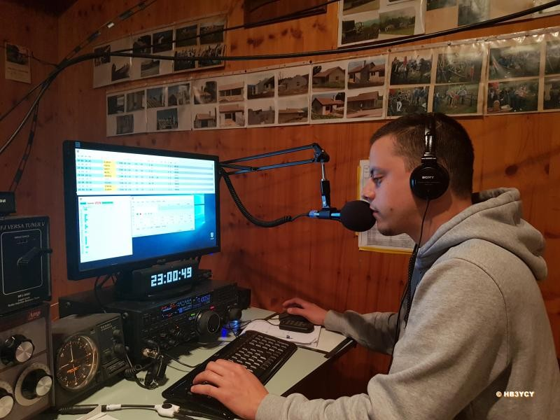 HB30YCY Loick Cosandier, Gland, Switzerland. Radio Room Shack.