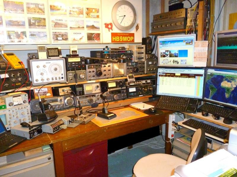 HB90MOP Marcel Maillard, Grenchen, Switzerland. Radio Room Shack.