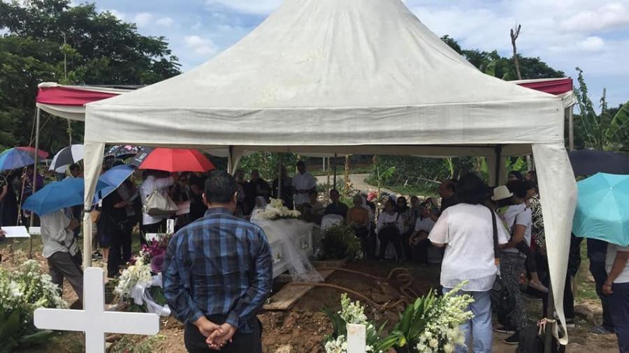 YD0NQJ Moch Hanafi, Jakarta, Indonesia. Funeral Image 2