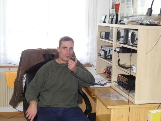 HB90GKM Stefano Moro, Buren, Nidwalden, Switzerland. Radio Room Shack.