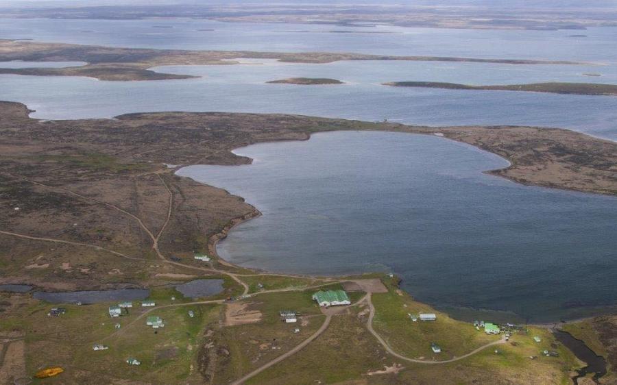 VP8ADR Bob Short, Walker Creek Farm, Falkland Islands