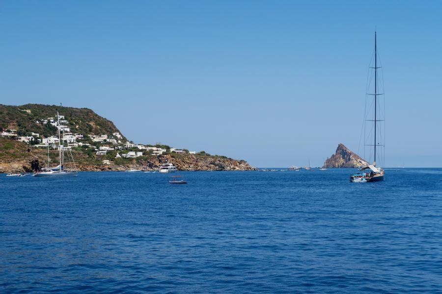 IT9/DJ8QP Sicily Island