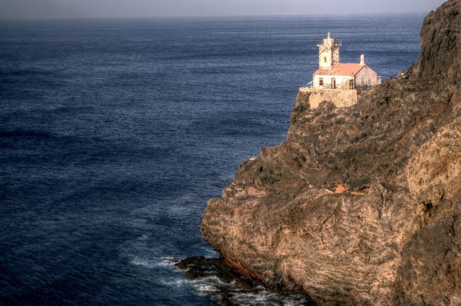D44TAQ Lighthouse, San Pedro, Sao Vicente Island, Cape Verde, Cabo Verde.
