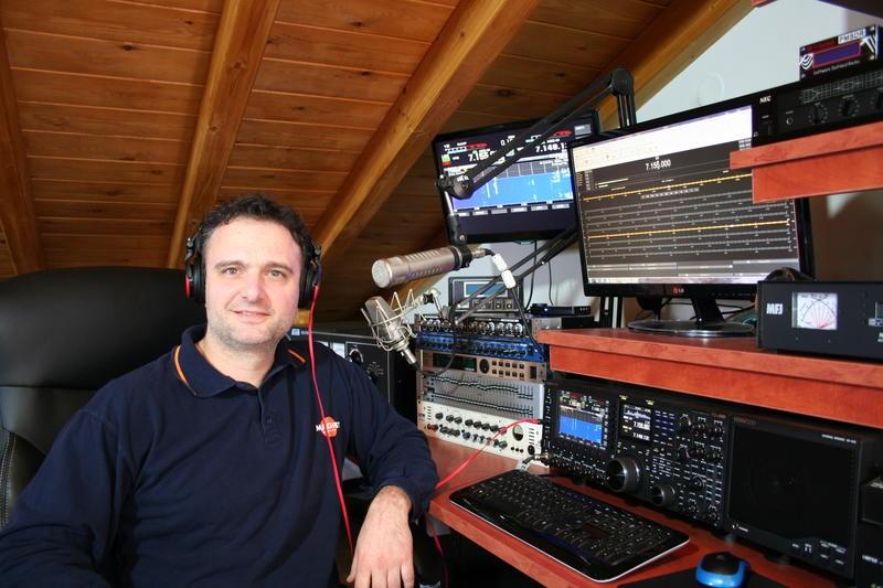 SV8RMA Mytilene, Lesvos Island, Greece Radio Room Shack