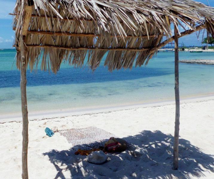 T40SC Playa La Herradura, Las Tunas, Cuba.