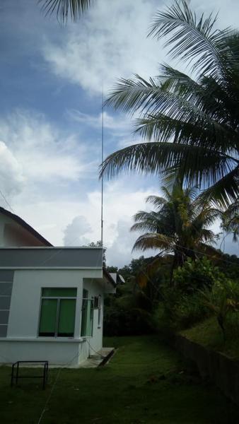 V84SAA Brunei SSB QTH Antennas Image 3