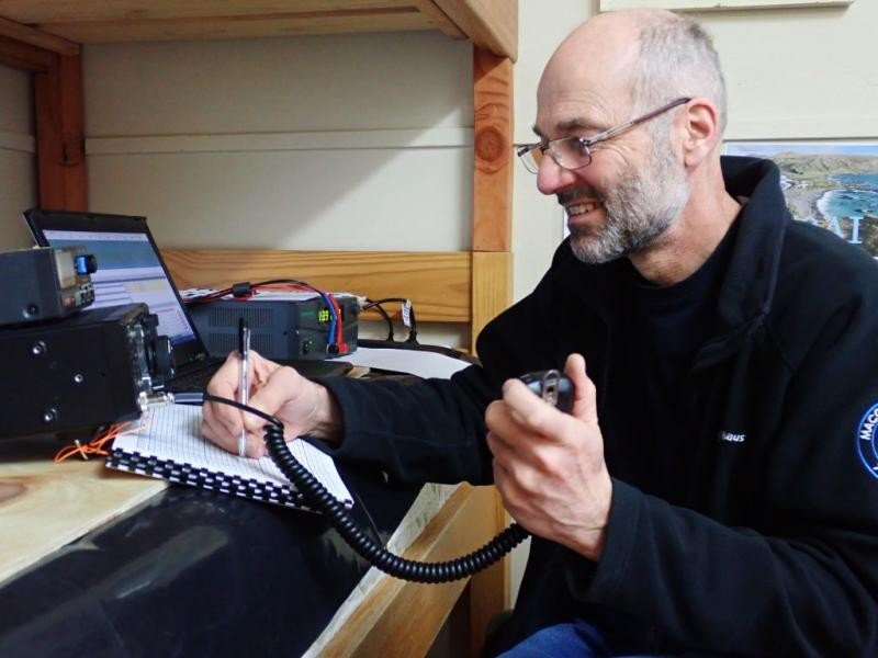 VK0AI Norbert Trupp, Macquarie Island. Radio Room Shack.