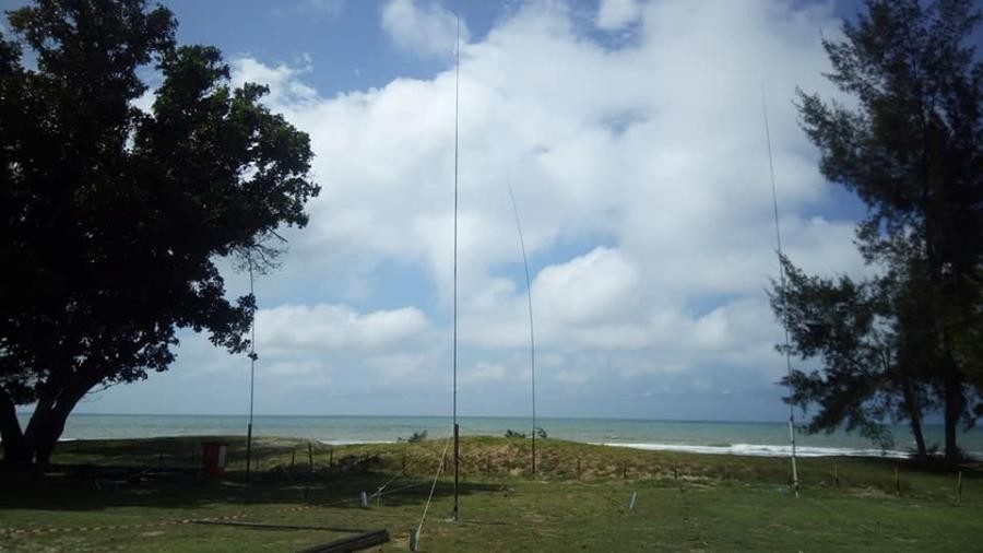 V84SAA Brunei 7 February 2019 Image 2 Antennas