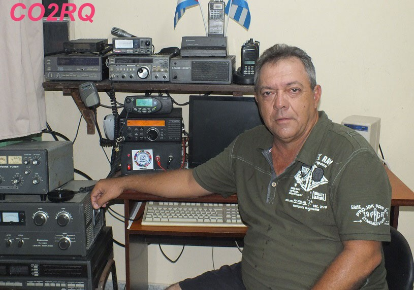 CO2RQ Reinaldo Pino Hernandez, Reparto Bahia, Habana del Este, Cuba Radio Room Shack