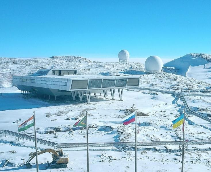 RI1ANY Bharati Antarctic Research Station