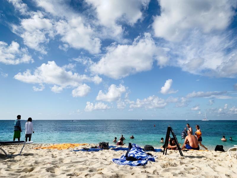 ZF2VH Grand Cayman Island, Cayman Islands
