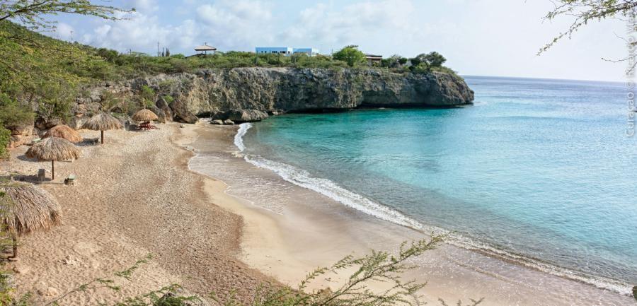 PJ2/AF4Z  Jeremy, Curacao Island