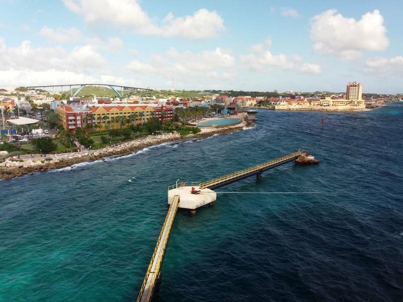 PJ2/WB5ZGA Willemstad, Curacao Island