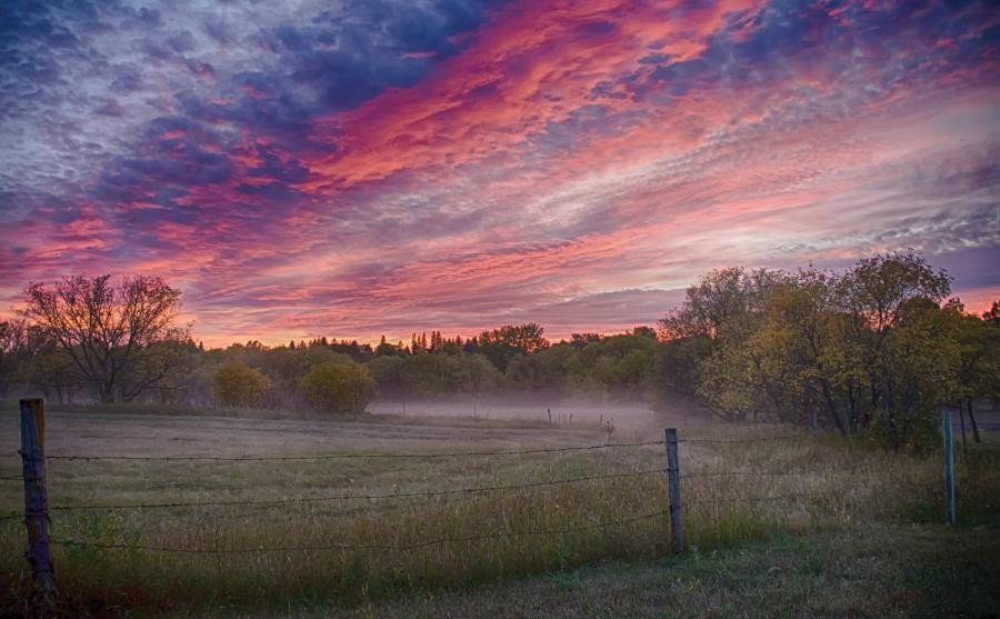 N8XTZ/VE4 Sunset, Neepawa, Manitoba, Canada.