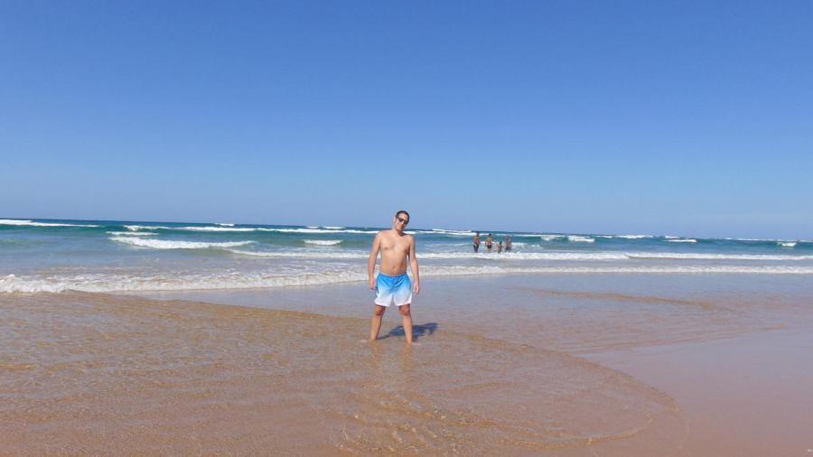 C91AHV Ponta do Ouro Beach, Mozambique Image 2