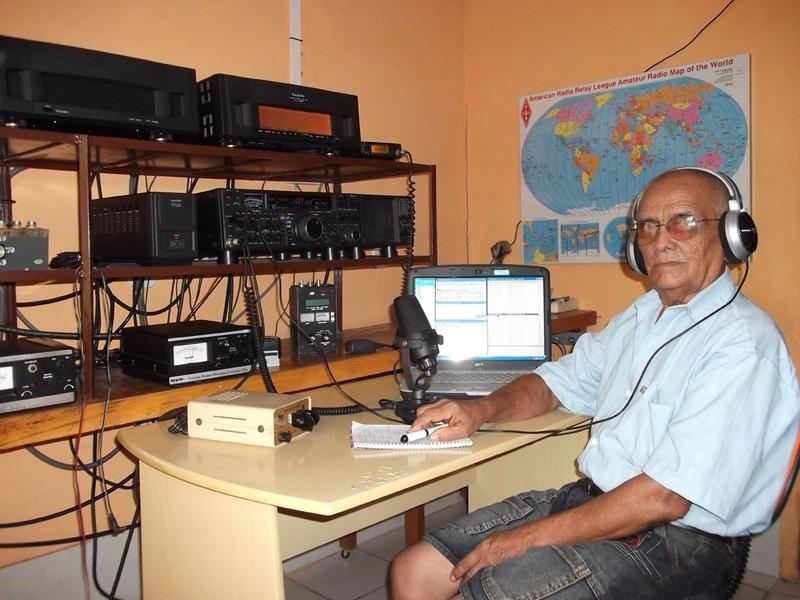 PV8ADI Clovis Pinheiro Barreto, Boa Vista, Roraima, Brazil. Radio Room Shack.