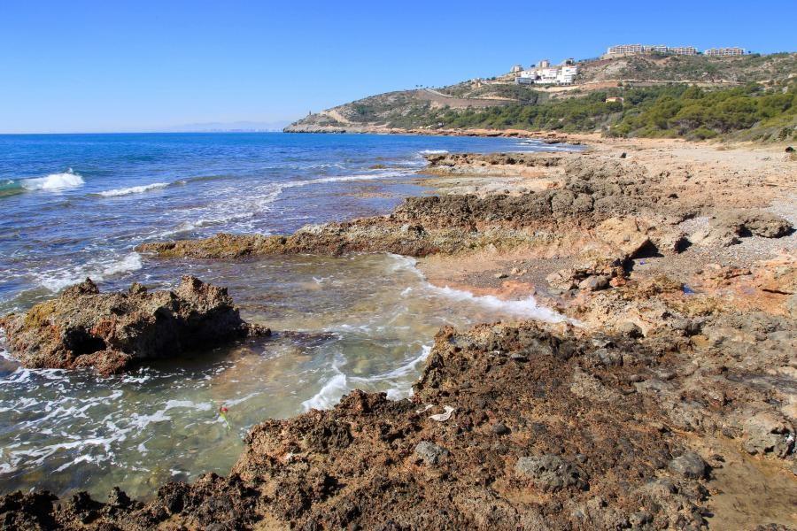 EA5/DL2BWO Rugged Azahar Coast, Oropesa Del Mar, Castellón, Spain.