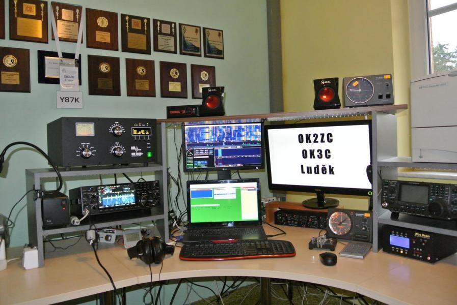 OK3C Ludek Odehnal, Blansko, Klepacov, Czech Republic Radio Room Shack.