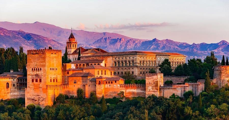 AM770GV Alhambra, Granada, Spain