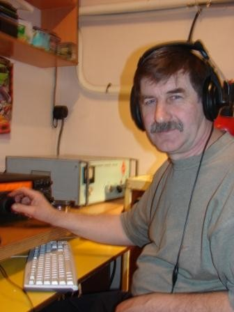 R7AW Sergei Karabut, Vyselki, Russia. Radio Room Shack.