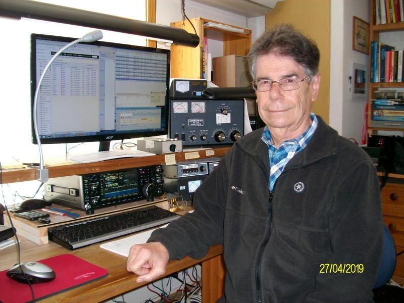 LA0CX Uli Heuberger, Halden, Norway. Radio Room Shack