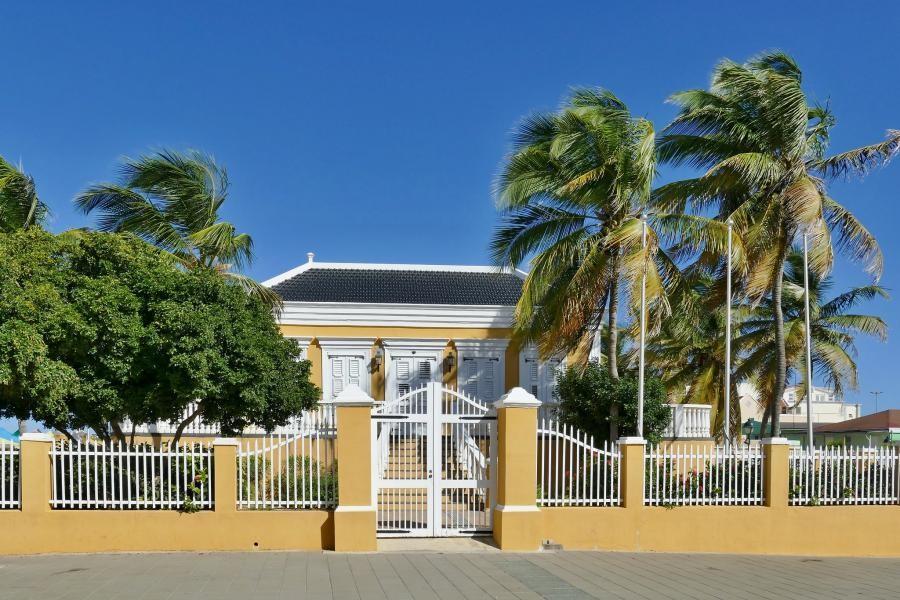 PJ4/PA1GVZ Kralendijk, Bonaire Island