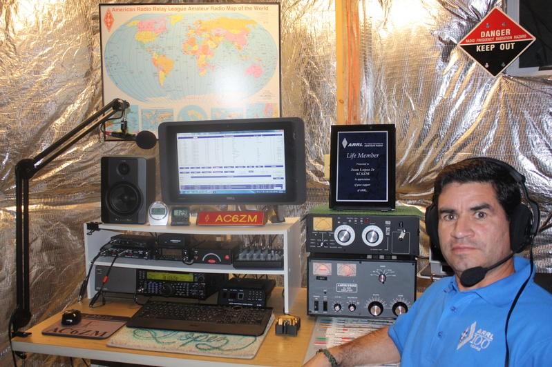 AC6ZM Juan Lopez, Loudon, Tennessee, Texas, Radio Room Shack