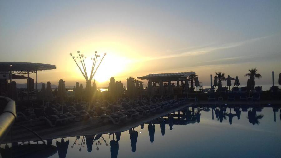 SV9/CT1BWU Arina Beach Resorts, Kokkini Khanion, Crete Island, Greece