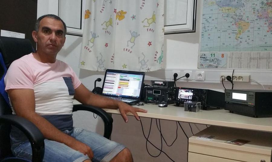CQ3J Jose Manuel Barcelos Vasconcelos, Porto Santo Island, Madeira, Portugal Radio Room Shack
