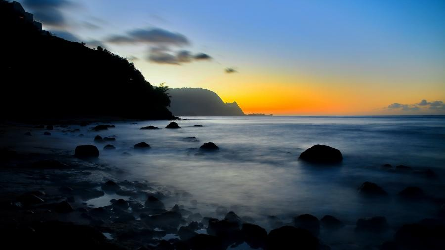 Sunset, Princeville, North Shore, Kauai Island, Hawaii. WH7HR