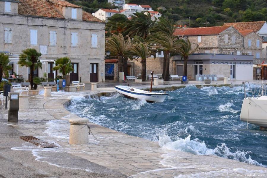 9A3VIS Vis Island, Croatia