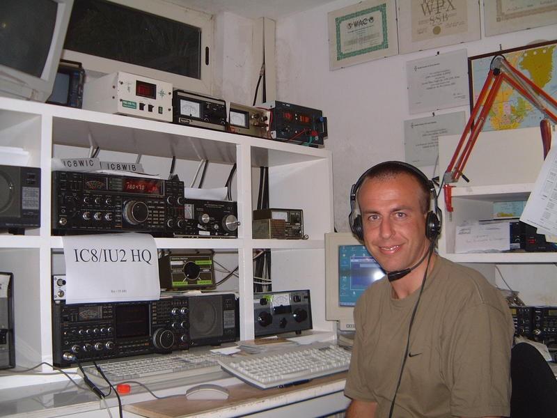 IC8WIC Gian Luca Salvia, Capri Island, Italy Radio Room Shack