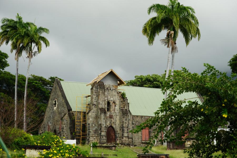 V4/N4SF Saint Kitts and Nevis