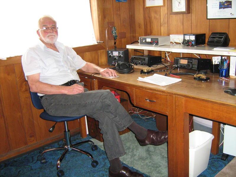 VK7BC Frank Beech, Legana, Tasmania Island, Australia