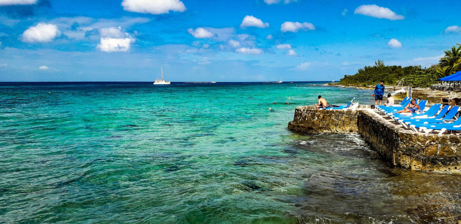 P4/SM4KYN Aruba Island