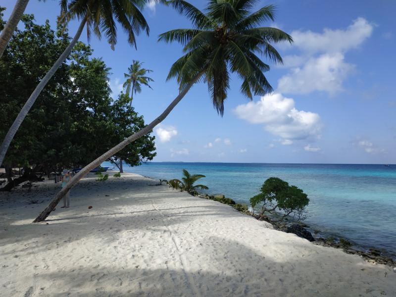 8Q7BS Mahibadhoo Atoll, Maldives Image 2
