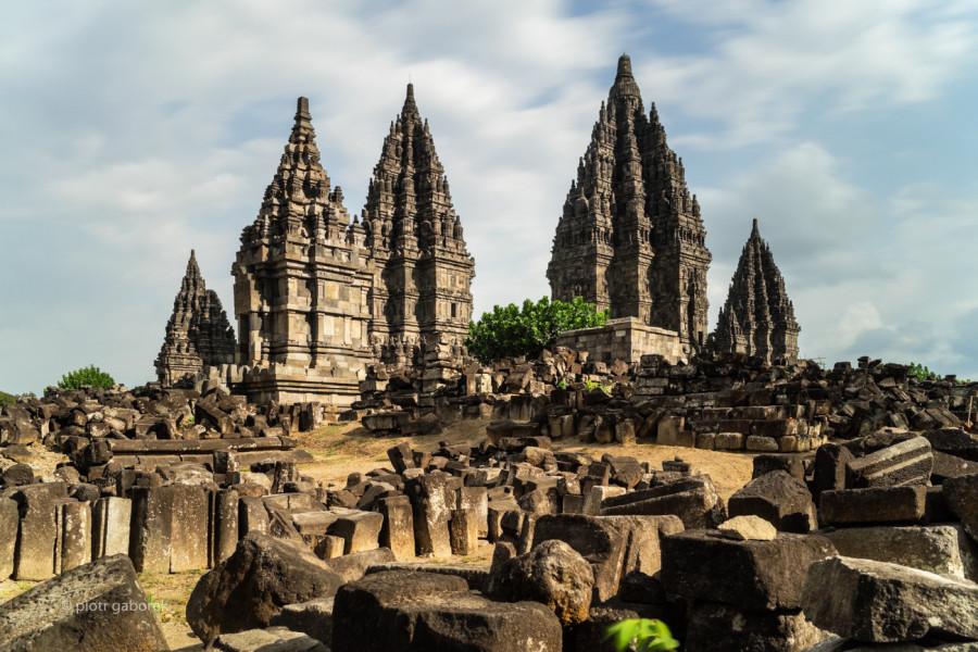7G2G Prambanan Hindu Temple, Yogyakarta Region, Java, Indonesia.