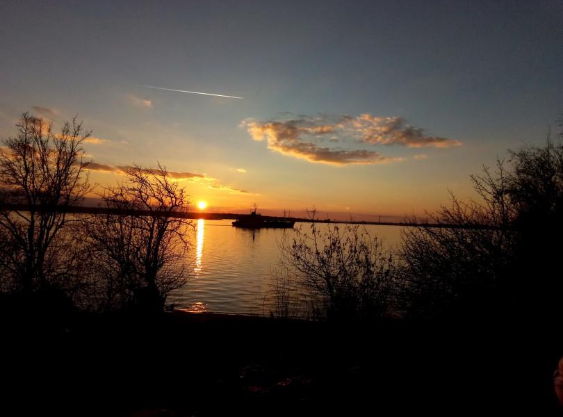 EN20Z Sunset, Nikolaev, Ukraine