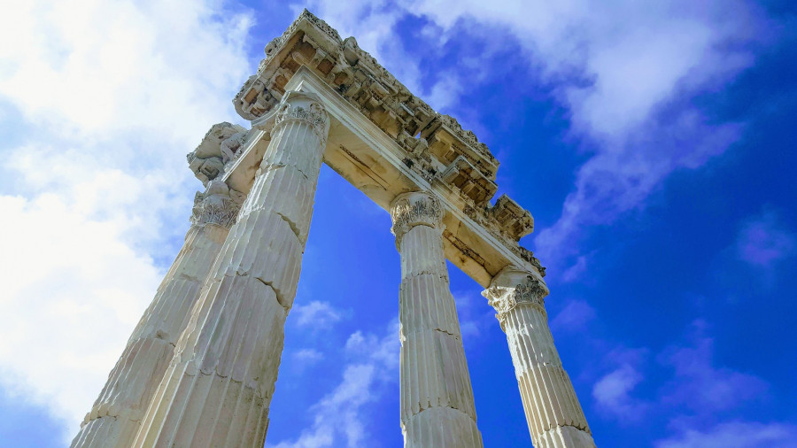 TC95IARU Pergamon Acropolis, İzmir, Turkey